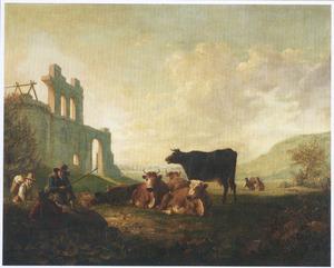Landschap met herders en rustend vee bij een kasteelruïne