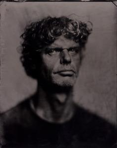 Portret van Kadir van Lohuizen