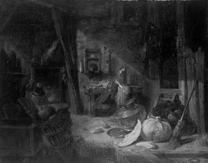 Boerderij-interieur met een man en kind bij een open haard