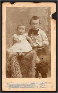 Dubbelportret van de jonge jhr. G.A. Bowier en zijn zusje jkvr. A.A.G. Bowier