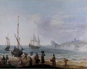 Strandgezicht met visverkopers en schepen op zee