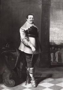 Portret van een officier, ten onrechte genaamd Piet Hein (1578-1629)