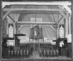 Interieur van de Ned. Herv. kerk te Koog aan de Zaan tijdens de eredienst