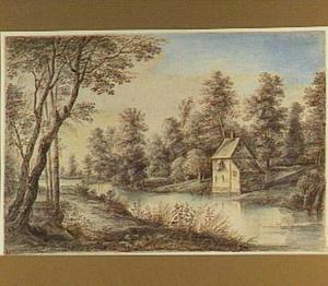 Boomrijk landschap met huis aan een rivier