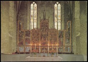 De liefdadigheid van H. Martinus, de bouw van de toren van HH. Barbara, de onthoofding van HH. Barbara,  de prediking van de H. Erasmus, de marteling van Erasmus (binnenzijde linkerluik); De Heilige Maagschap, de dood van Maria, de kroning van Maria door engelen, de HH. Ursula en de elfduizend maagden (midden); De HH. Elisabeth, de onthoofding van de HH. Dorothea, de H. George, de martelingen van H. Sebastiaan (binnenzijde rechterluik); De intrede in Jeruzalem, de tempelreiniging (binnenzijde linker predellaluik); Christus wast van de voeten van de discipelen, Christus in de tuin der olijven (predella); De gevangenneming van Christus, Christus voor Pilates (binnenzijde rechter predellaluik)