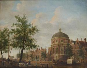 Het Singel in Amsterdam met de Ronde Lutherse Kerk