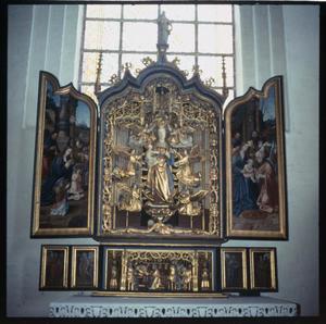 De aanbidding der herders (binnenzijde linkerluik); De dood van Maria (predella); De tenhemelopneming van Maria met de Boom van Jesse (midden); De aanbidding der Wijzen (binnenzijde rechterluik)
