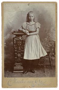 Portret van Lies Gelpke