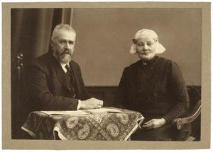 Portret van Roelof Mientjes Tjepkema (1853-1935) en Sara Regina Koudenburg (1856-1934)