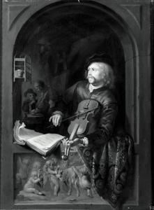 Vioolspeler in een venster