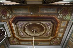 Plafonddecoratie met cartouches waarin de vier elementen worden verbeeld