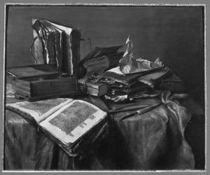 Stilleven van boeken op een tafel