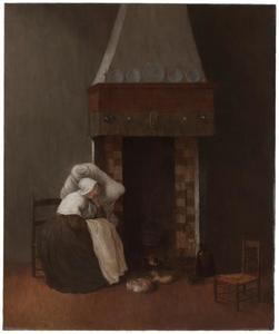 Vrouw, slapend op een stoel bij een open haard