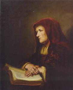 Oude bijbellezende vrouw