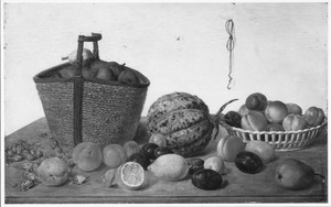 Manden met vruchten en vruchten eromheen op een tafel