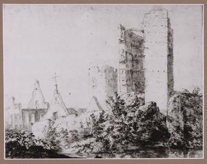 Stadsmuur, kerkruïne en vervallen gebouwen