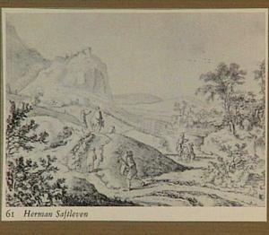 Berglandschap met marskramer en andere figuren op een weg