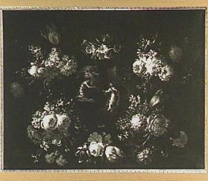 Bloemenkrans rond een medaillon met een voorstelling van de Annunciatie