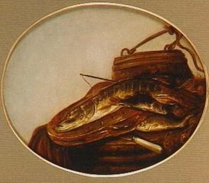 Stilleven met verse vis op een aardewerken vergiet