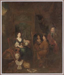 Interieur van een schildersatelier met een vrouw die poseert voor een portret
