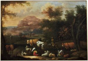 Zuidelijk landschap met herders en hun dieren en enkele ruiters