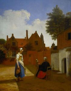 Twee vrouwen op een binnenplaats