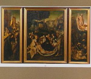 De kruisdraging met de H. Veronika (links), de bewening (midden), de opstanding (rechts)