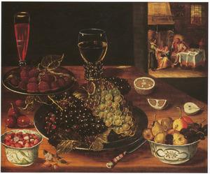 Stilleven van vruchten op een tafel, rechts op de achtergrond Christus in het huis van Martha en Maria