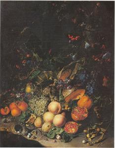 Bosstilleven met vruchten, vogelnest en dieren