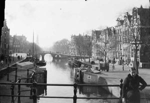 Gezicht op de Korte Prinsengracht ter hoogte van de Haarlemmerstraat