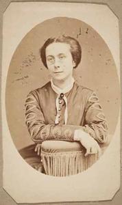 Portret van Petronella Johanna Gerarda Brugmans (1838-1905)
