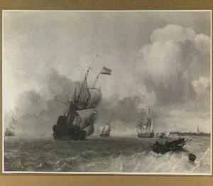 Riviergezicht met een fregat en in de voorgrond vissers in een roeiboot