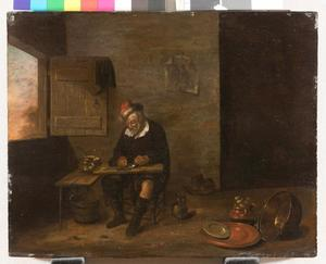 Interieur met oude man die vis schoonmaakt