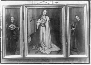 Maria met kind (midden); luitspelende engel (links); harpspelende engel (rechts)