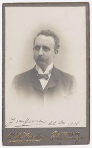 Portret van J. van IJzeren