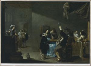 Elegant drinkend en kaartspelend gezelschap in een interieur