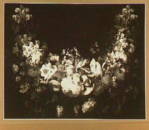 Guirlande van rozen, tulpen en andere bloemen