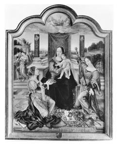 Maria met kind en twee vrouwelijke heiligen