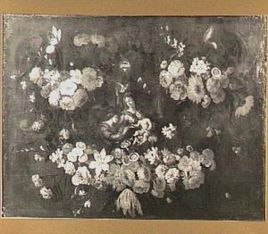 Bloemenkrans rondom een voorstelling van het mystieke huwelijk van de H. Catharina