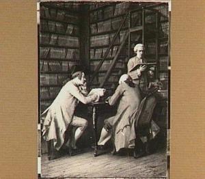 Drie mannen in een bibliotheek