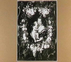 Venus en cupido in een krans van bloemen en vruchten