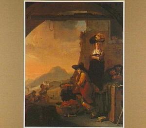 Een fruitverkoper en een wasvrouw onder een boog met een doorkijk naar een zuidelijk landschap bij zonsondergang