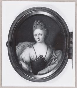 Portret van een vrouw, mogelijk Johanna Martina Geertruid Sweerts de Landas (1688-1744)