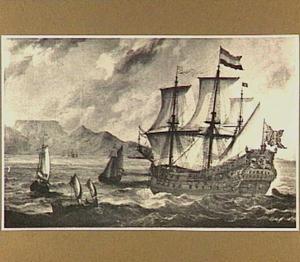 Oost-Indiëvaarder 'De Afrika' in de Tafelbaai met op de achtergrond de Tafelberg