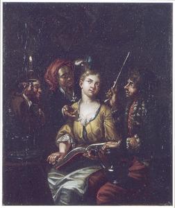 Jonge vrouw met boek bij kaarslicht, omringd door drie figuren