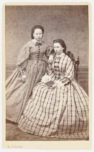 Portret van Margaretha Catharina de Kok (1839-1900) en Margaretha de Kok (1841-1914)