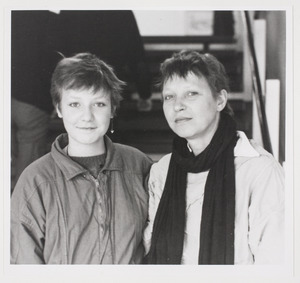 Portret van Sarah van Vliet en Josine de Bruyn Kops