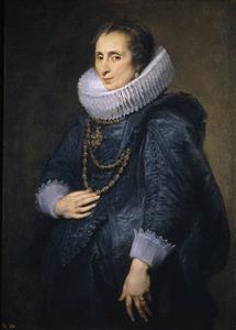 Portret van een vrouw met een grote kanten plooikraag, staande naar links