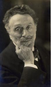 Portret van de directeur van het Musée du Luxembourg Leonce Bénédite (1856-1925)