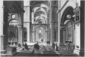 Classicistisch kerkinterieur met kerkdienst en wandelaars